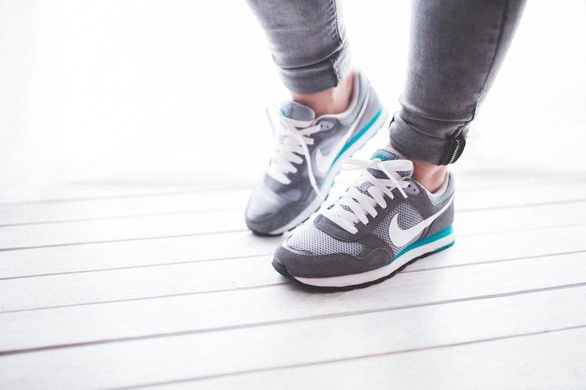 ยืน – เดิน ให้ถูกวิธี เคล็ดไม่ลับที่ทำได้ทุกวัน