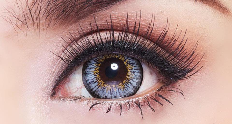 Makeup Tips เปลี่ยนดวงตาคู่สวย...ด้วยขนตาปลอม 1