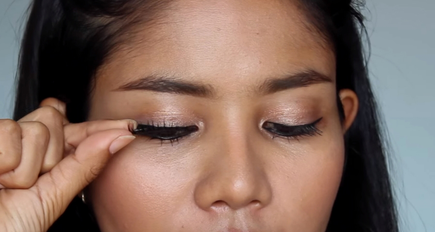 Makeup Tips เปลี่ยนดวงตาคู่สวย...ด้วยขนตาปลอม 8