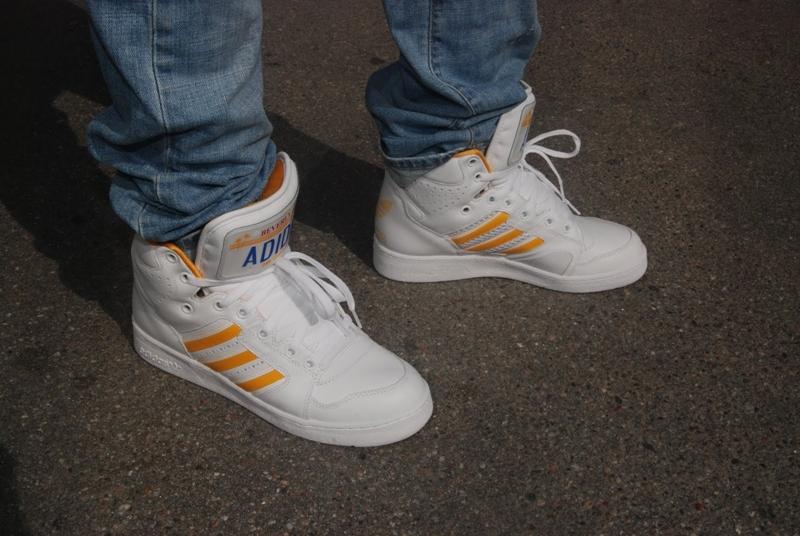 sfdsneakerstore.blogspot.com