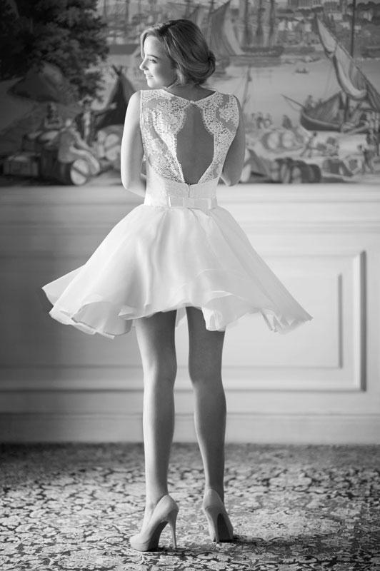 robe-de mariee-courte-createur-Fabienne-Alagama-Paris-et-Lyon--Zoe-Dentelle-de-Calais-Dos-nu