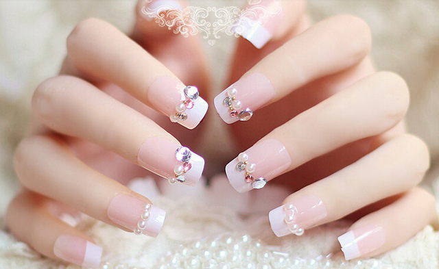 Unghie-finte-chiodo-falso-bastone-sposa-finiti-chiodo-manicure-unghie-finte-bella-patch-club-wedding-party.jpg_640x640